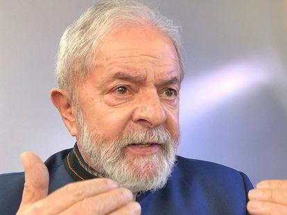 Lula da Silva, en un momento de la entrevista, este miércoles, en São Paulo.