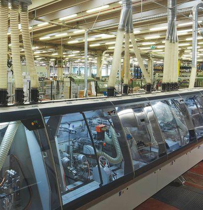 Interior de la fábrica de Unifor, productora del italiano Grupo Molteni, que estos días está parada por la cuarentena impuesta en la lucha contra el coronavirus. |