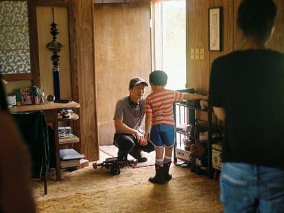Lee Isaac Chung, en el rodaje de 'Minari'.