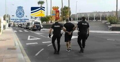 Uno de los detenidos en la operación de la Policía Nacional y la policía italiana en Canarias.
