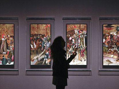 Retaule de Sant Jordi, de Bernat Martorell, en l'exposició sobre el gòtic internacional al Museu Nacional d'Art de Catalunya.