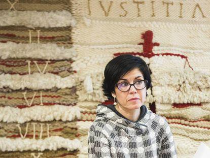Pilar de Lara durante una conferencia en la Universidade de Santiago.