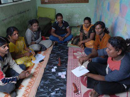 Charla de educación sexual en Bangalore (India).