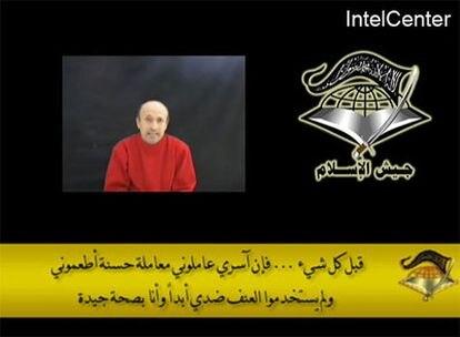 Captura del vídeo en el que el periodista de la BBC, secuestrado hace más de dos meses, afirma estar bien.
