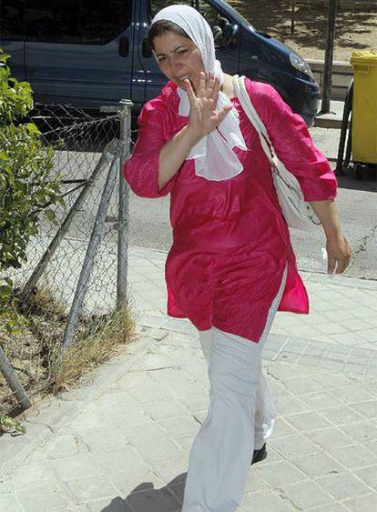 Aziza, madre de Dalila y abuela del bebé fallecido.