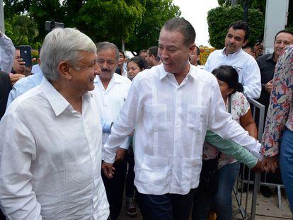 El presidente mexicano, Andrés Manuel López Obrador, junto a Quirino Ordaz Coppel, durante una visita a Sinaloa.