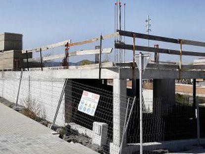 Obras de la Serra de Sanferm en Vic que Xavier Solà ha dejado a medias.