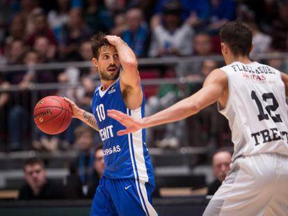 Laprovittola, en un partido con el Zenit.