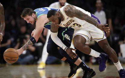 LeBron y Doncic, en un Dallas-Lakers.