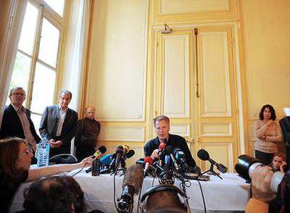 Jean-Marie Le Clézio, durante su encuentro con la prensa, ayer en la sede de la editorial Gallimard de París.