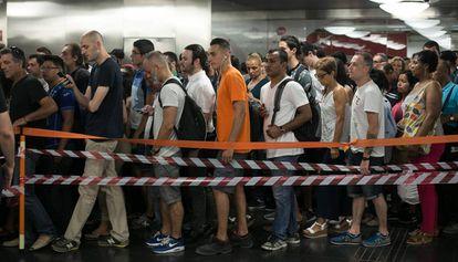 Acceso bloqueado a la estación de la Sagrera, el pasado lunes.