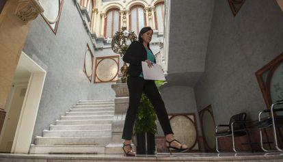 La portavoz del Consell, María José Catalá, momentos antes de la rueda de prensa tras el pleno.