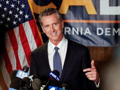 Gavin Newsom habla tras el cierre de los colegios en California.