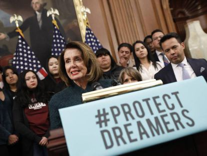 Aaron P. BernsteinLa líder demócrata en la Cámara de Representantes, Nancy Pelosi, pide la protección de los dreamers.