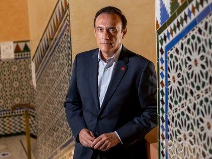José Carlos Gómez Villamandos, presidente de la CRUE, en el rectorado de la Universidad de Córdoba.