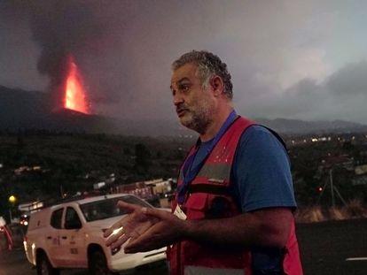 Stavros Meletlidis, geólogo del Instituto Geográfico Nacional, el jueves en El Paso.