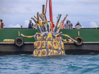 El alucinante parque de esculturas en una isla de las Maldivas que solo puede verse buceando