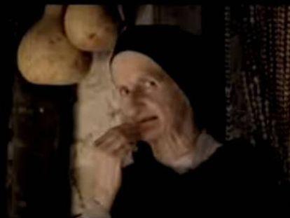 Foto: Antonia Cruells, la abuela de la fabada Litoral. Vídeo: Anuncios protagonizados por Cruells.