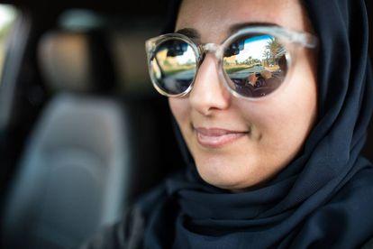 Una mujer saudí al volante.