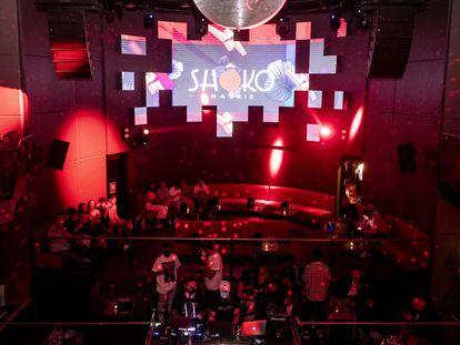 Ambiente en la discoteca Shoko, que esta madrugada abrirá por primera vez hasta las seis de la mañana.