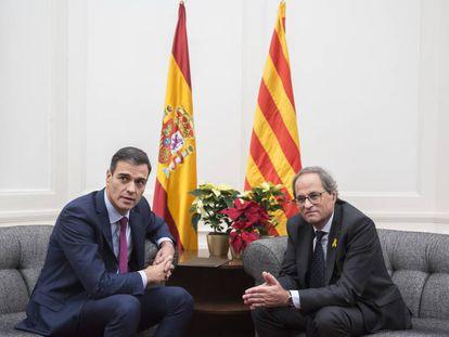 Reunión entre el presidente del Gobierno, Pedro Sánchez, y el presidente de la Generalitat, Quim Torra, el pasado diciembre.