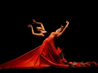 Imagen del espectáculo de teatro 'Flamenco India' (2015) de Carlos Saura