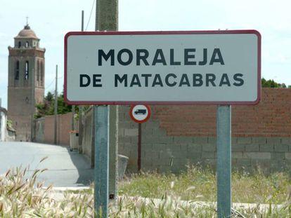 Moraleja de Matacabras (Ávila, 40 habitantes), el municipio más bipartidista de España.