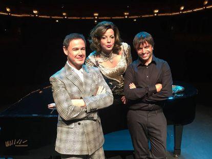 Labanda, Llàcer y Guix, en la presentación de 'La jaula de las locas'.