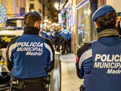 Imagen de archivo de policías municipales de Madrid