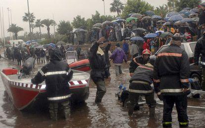 El temporal que azota el  norte de Marruecos se ha cobrado ya 31 víctimas mortales. Once personas permanecen desaparecidas.