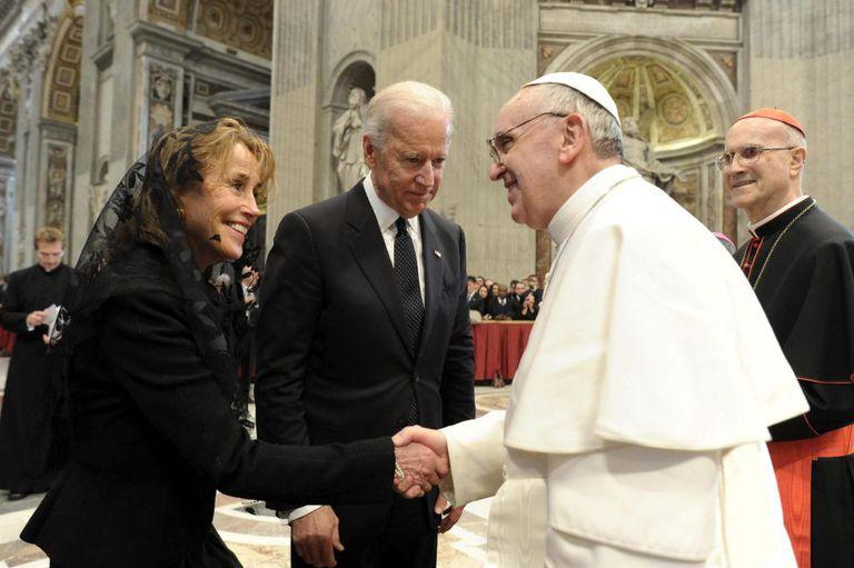 Biden y el factor católico | Opinión | EL PAÍS