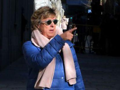 Convertida en  llave  de los Presupuestos, la senadora del PP defiende su inocencia y rompe su silencio insistiendo en que no va a ceder a las presiones de Ciudadanos