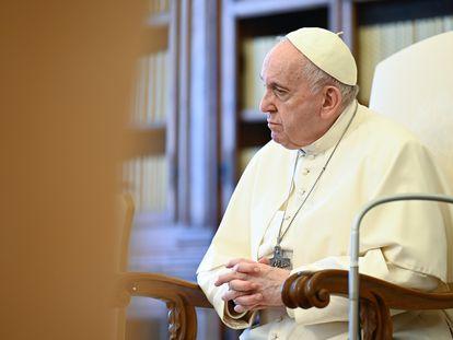 El papa Francisco en mayo en el Palacio Apostólico, en el Vaticano.