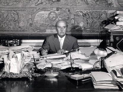 Francisco Franco en su despacho de El Pardo en los años cincuenta.