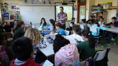Alumnos en el colegio público Fernando de los Ríos de Las Rozas (Madrid).