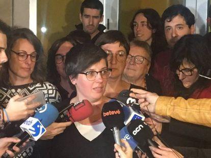 La exdiputada Mireia Boya atiende a los medios tras la reunión del Consell Polític