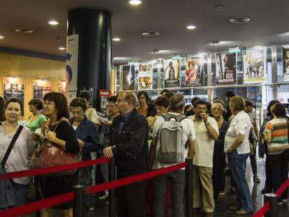 Colas en los cines Renoir de Barcelona el pasado 22 de octubre, día de la Fiesta del Cine.