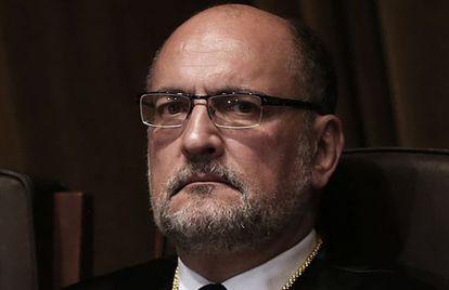 El presidente del Constitucional, Francisco Pérez de los Cobos, en su toma de posesión.