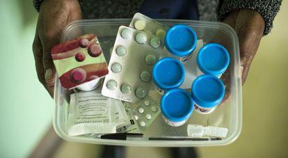 Bandeja de medicamentos para el tratamiento de la tuberculosis extremadamente resistente.