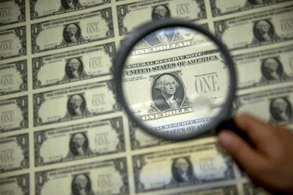 Billetes de un dólar.