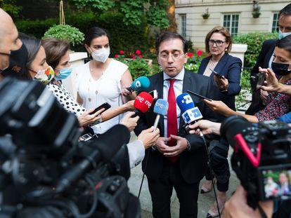El m inistro de Asuntos Exteriores, Jose Manuel Albares , tras reunirse en Londres con su homólogo británico, Dominic Raab.