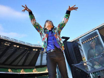 Uno de los últimos conciertos de los Rolling Stones. Mick Jagger agita a miles de personas que llenan el Twickenham Stadium de Londres. Fue el 19 de junio de 2018.