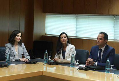 Isabel Diaz Ayuso, Rocio Monasterio e Ignacio Aguado, en una imagen de archivo.