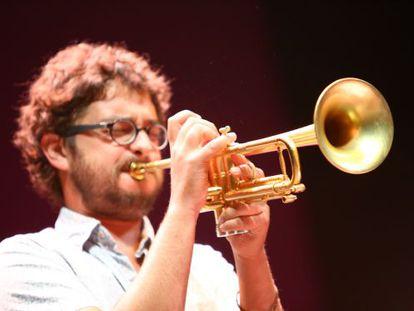 Voro García, trompetista del quinteto de Alexey León, durante el encuentro.