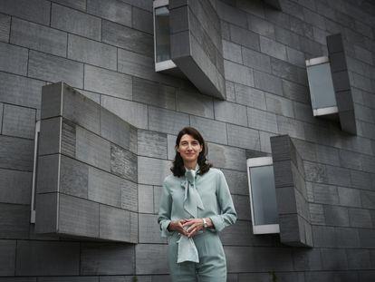Pilar Llop, ministra de Justicia del Gobierno de España, ante los juzgados de Villaviciosa (Asturias).