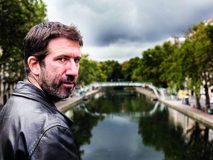 Christophe Naudin, autor de 'Journal d'un rescapé du Bataclan' (diario de un superviviente de Bataclan), en París.