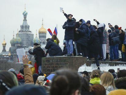 Manifestación contra el Kremlin y en apoyo a Alexéi Navalni el sábado pasado en San Petersburgo.