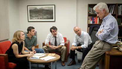 El equipo de redacción de 'The Boston Globe' en 'Spotlight'.