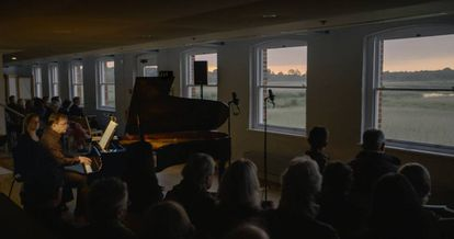 Pierre-Laurent Aimard interpreta 'Catalogue d'oiseaux' en Aldeburgh al amanecer del 19 de junio.