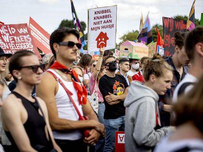 Protesta por los problemas de acceso a la vivienda en Holanda, el 12 de septiembre en Ámsterdam.